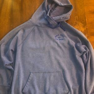 Pullover size small